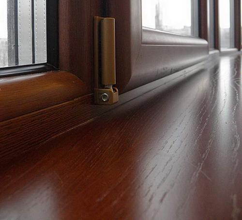 Деревянные окна как составляющая удачного интерьера