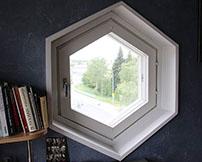 Шестиугольное окно